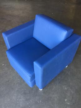 Global Club Chair
