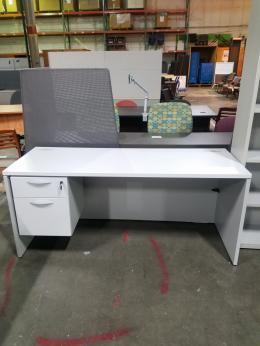 used teknion office desks archive - furniturefinders