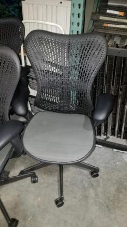 Herman Miller Mirra Chairs. Seattle ...
