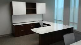 Modern Desks and Private Offices in Miami