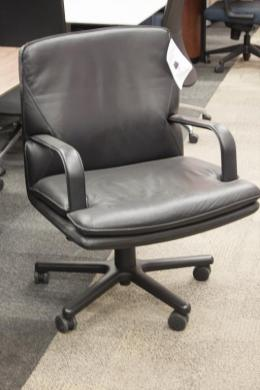Geiger Attache Low-back Conference Chair