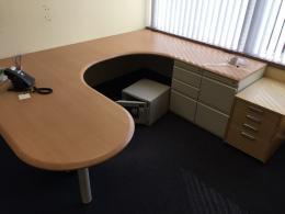 Freestanding Modular P Top Desks