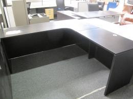 ---Thrive 6x6 L-Shape Shell Desk---