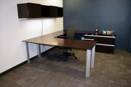 Used Knoll Autostrada Espresso Private Office