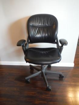 Steelcase Leap V1 Task Chair