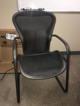 Herman Miller Aeron Side Chairs Gardena Los Angeles
