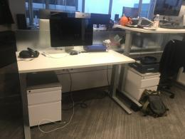 Knoll Sit to Stand Workstations
