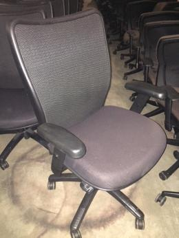 AIS ELEMENT Mesh Task Chair