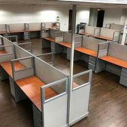 Call Center / Telemarketing Cubicles w/Glass