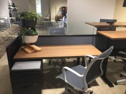 global cubicles with sit to stand desks