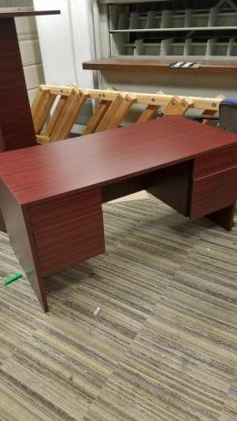 Wood Laminate Desk
