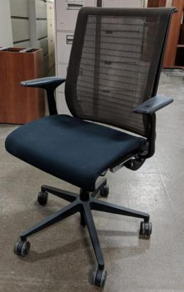 USED STEELCASE THINK SWIVEL CHAIR IN BLACK CLOTH  60 AVAILABLE