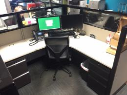 6 x 6 cubicles with glass
