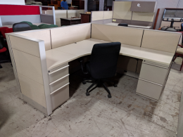 Knoll Dividends 6' x 6' cubicles 42