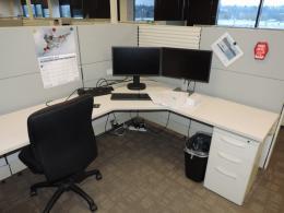Ethospace 5x6 Bullpen Style Workstations
