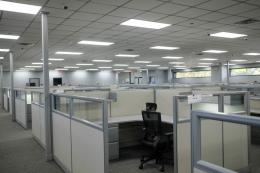 Workstations with glass