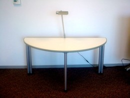 Knoll Propellar Table
